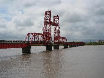 大川市のシンボル昇開橋
